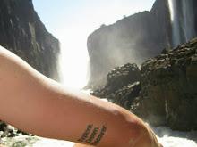 10 Explore. Dream. Discover